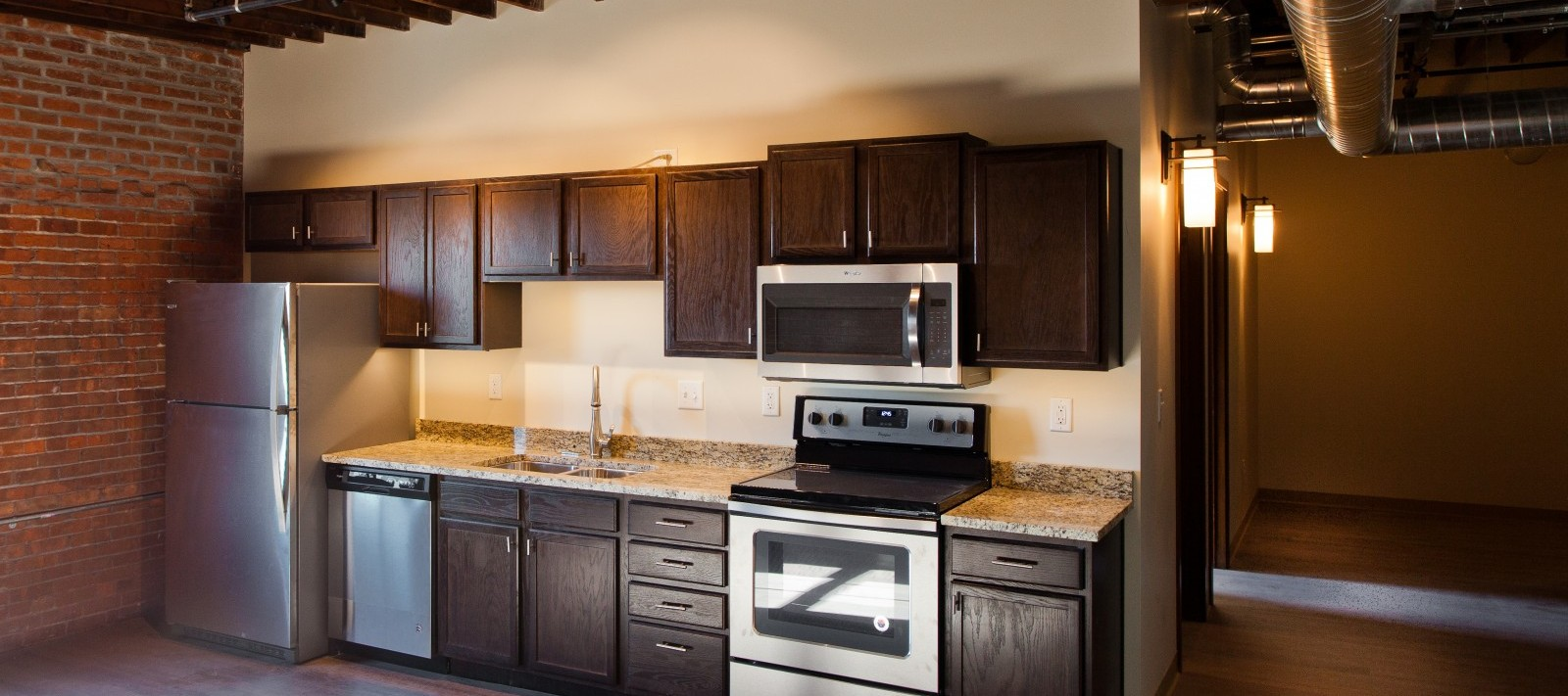 Pershing Lofts kitchen