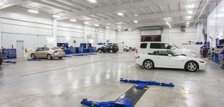 Zimmerman Honda auto maintenance bay