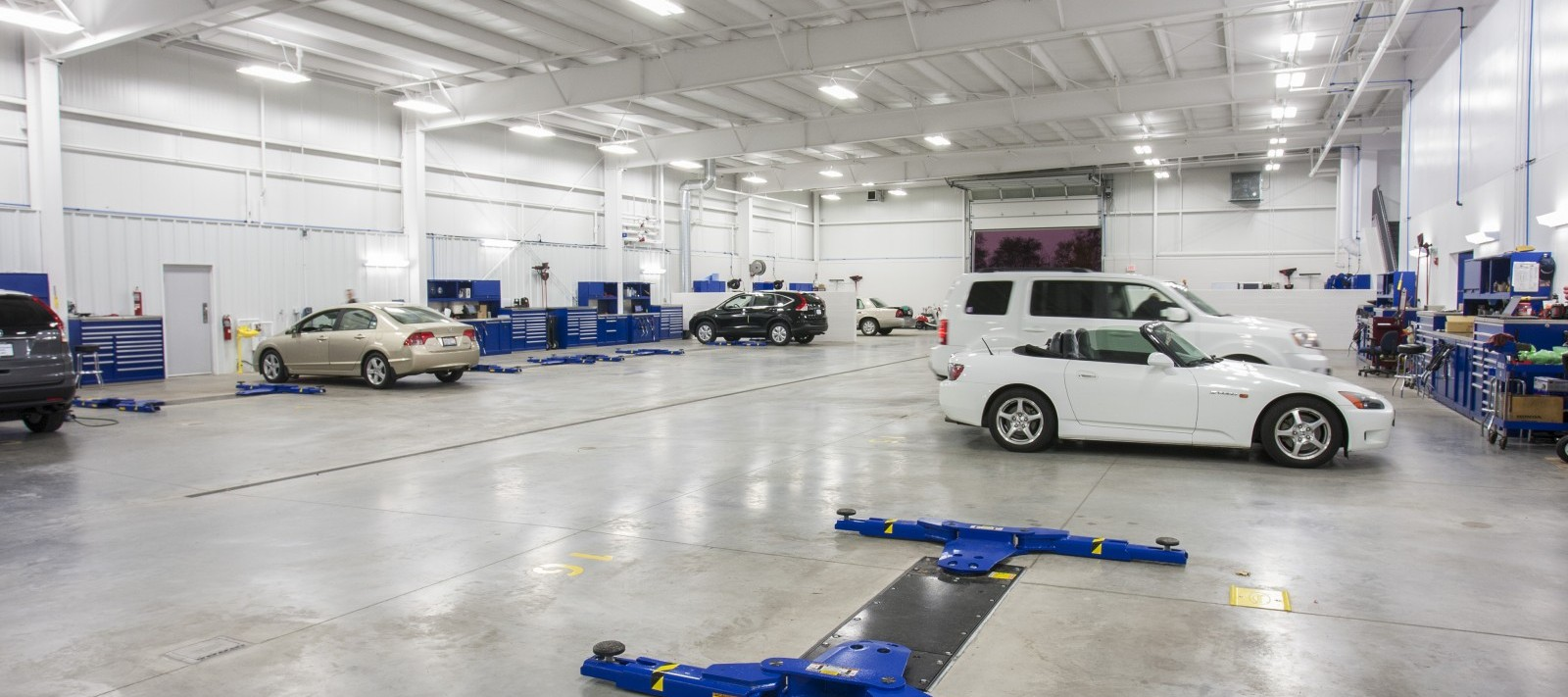 Zimmerman Honda auto maintenance bay