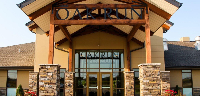 Oak Run Golf Course clubhouse entrance