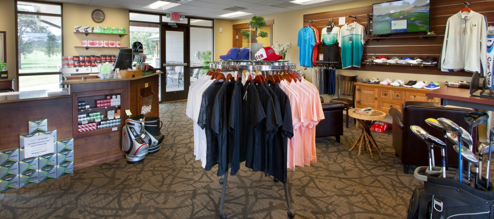 Oak Run Golf Course interior