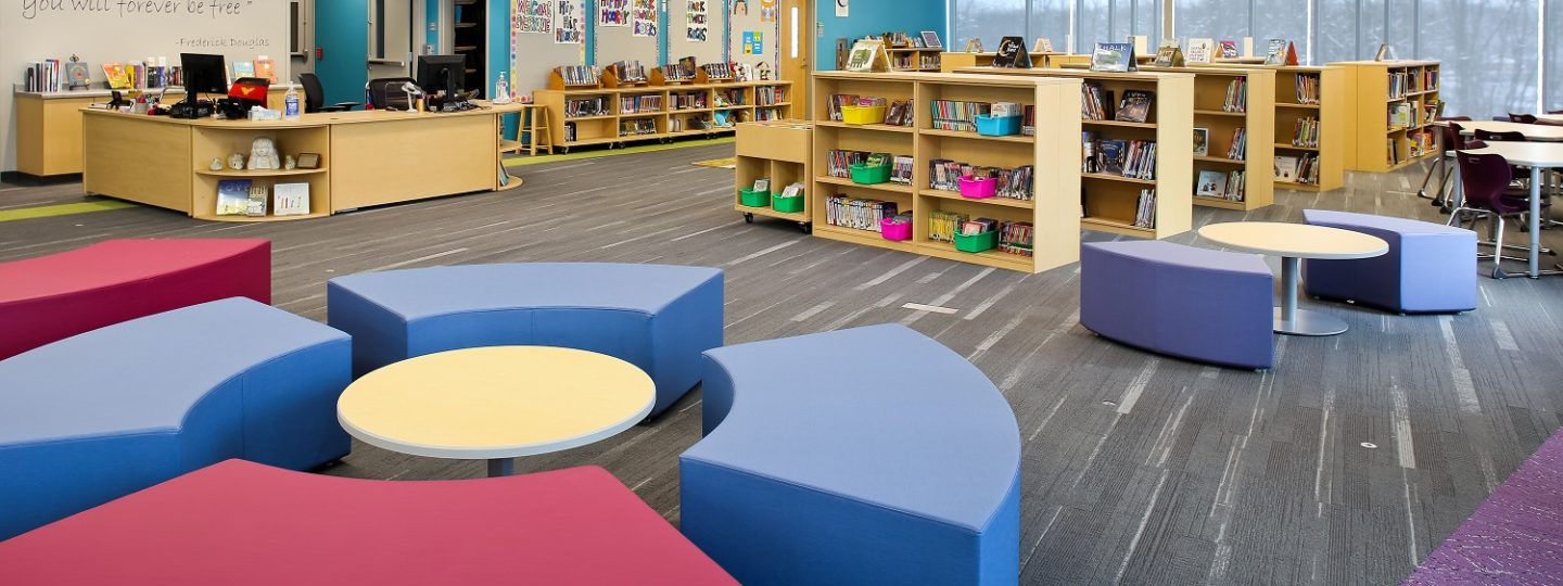 The library at Mark Twain Elementary School fosters collaboration and team work