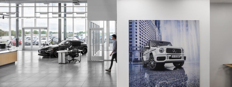 Smart Luxury Motors Interior